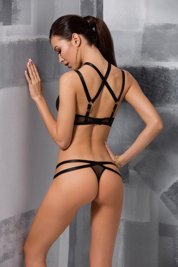 2-osaline pesukomplekt Hagar on valmistatud õrnast tüllist. Sobilik kanda igapäevaselt, sest seksikad siidised ja läikivad rihmad on tänapäeval väga moes. Magamistoas aga rinnahoidjate läbipaistvus mõjutavad meeste kujutlusvõimet veelgi.